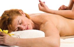 Massage Lomi-Lomi - Massothérapie détente - Service à la clinique À Massanté