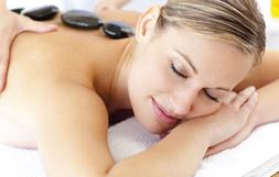 Massage aux pierres chaudes - Massothérapie thérapeutique & détente - Service à la clinique À Massanté