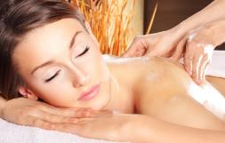 Massage suédois - Massothérapie détente - Service à la clinique À Massanté